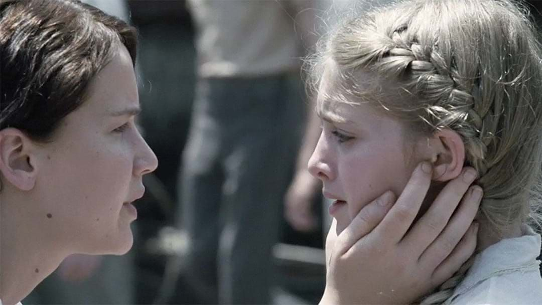 Here S What Prim From The Hunger Games Looks Like Now Hit Network