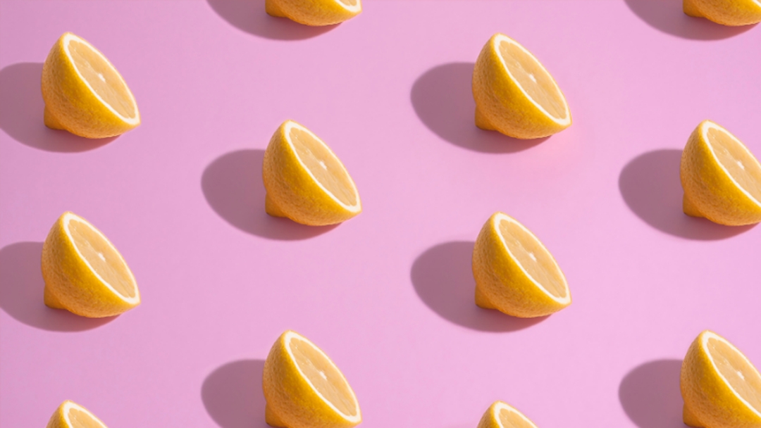 Article heading image for Mind = Blown! This Is How You Juice A Lemon Without Cutting It