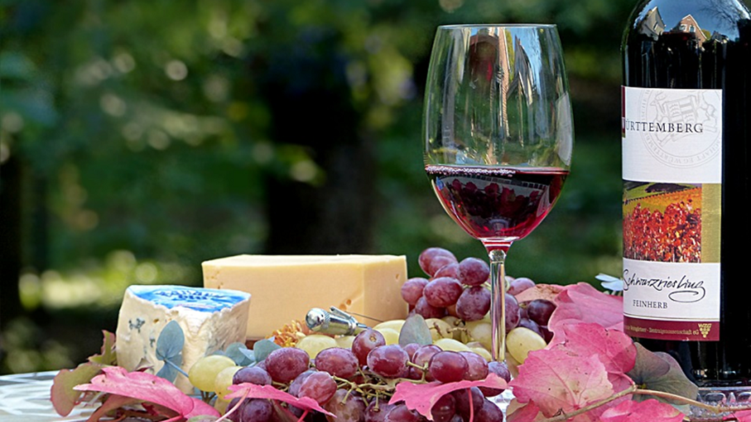 Article heading image for Riverina to benefit from new food and wine tourism push