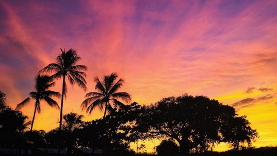 Article heading image for These Post Ex-Tropical Cyclone Owen Sunset Pics Are AMAZE
