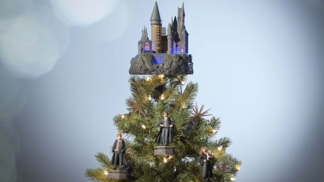 Harry Potter Christmas.These Harry Potter Christmas Tree Ornaments Play Music