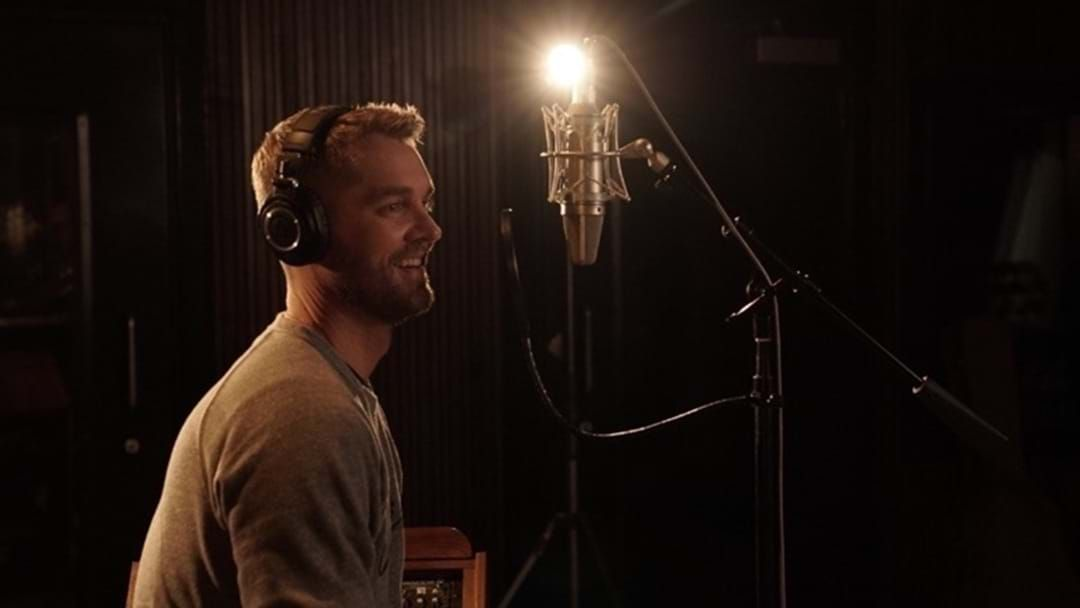 """Article heading image for Brett Young Unveils """"Acoustic Sessions"""" Video Series"""