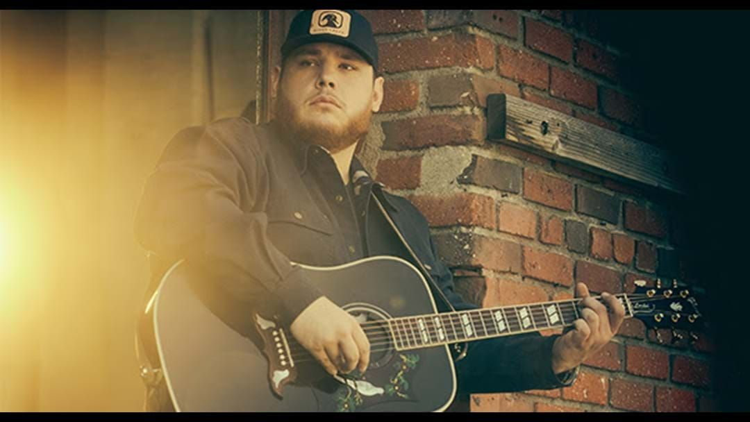 Article heading image for Luke Combs Wins 2019 ACM New Male Artist of the Year Award