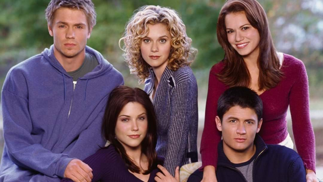 Article heading image for The Cast Of 'One Tree Hill' Had A Mini Reunion At The Golden Globes!
