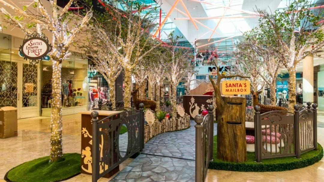 Article heading image for Robina Town Centre Have Extended Their Christmas Trading Hours!